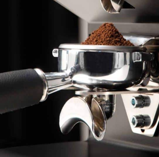 hands free grinding on nuova simonelli mythos also on mahlkonig PEAK
