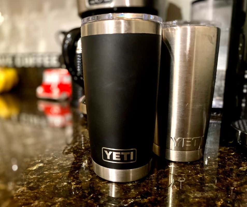 Yeti travel mugs that keep coffee hot